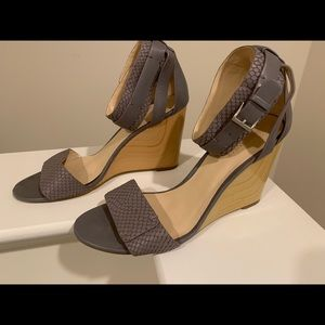 Grey Nine West Wedge. Size 8.